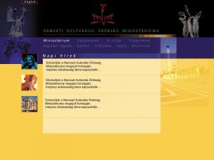 hirdetési arculat fotózása NKÖM honlap terv