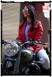 divat és modellfotózás portréfotózás royal enfield 2